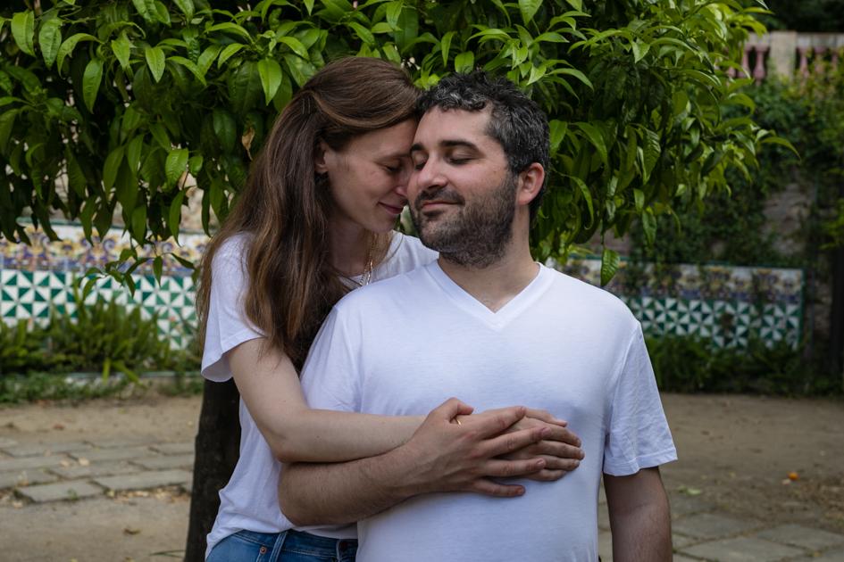 Les deux amoureux avant leur mariage par Sabine Greppo, photographe immersive.